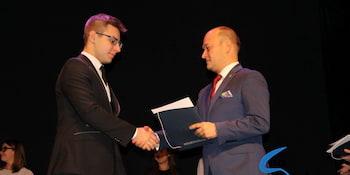 Najlepsi uczniowie odebrali stypendia i nagrody burmistrza cz. 1 - zdjęcie nr 35