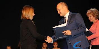 Najlepsi uczniowie odebrali stypendia i nagrody burmistrza cz. 1 - zdjęcie nr 69