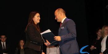 Najlepsi uczniowie odebrali stypendia i nagrody burmistrza cz. 1 - zdjęcie nr 37