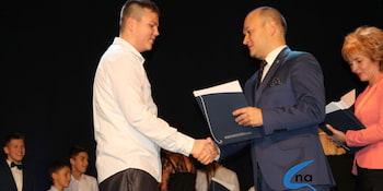 Najlepsi uczniowie odebrali stypendia i nagrody burmistrza cz. 1 - zdjęcie nr 90