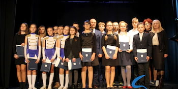 Najlepsi uczniowie odebrali stypendia i nagrody burmistrza cz. 1 - zdjęcie nr 67