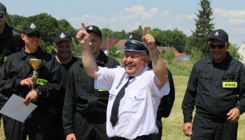 Gminne zawody sportowo-pożarnicze w Radomierzycach - zdjęcie nr 109