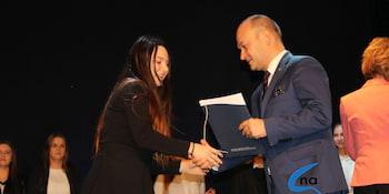 Najlepsi uczniowie odebrali stypendia i nagrody burmistrza cz. 1 - zdjęcie nr 104