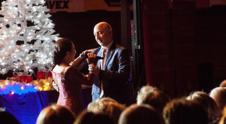 Tańczący starosta Artur Bieliński? No tak! W taki wieczór tak!