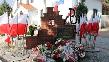 Pomnik Żołnierzy Armii Krajowej przy kościele pw. św. Bonifacego