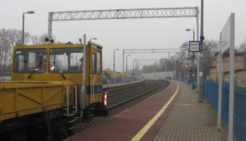 Prace przy elektryfikacji idą zgodnie z planem / fot. PKP Polskie Linie Kolejowe S.A.