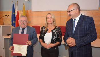 Wręczenie promes odbyło się 22 maja w siedzibie Urzędu Marszałkowskiego Województwa Dolnośląskiego (fot. UMWD)