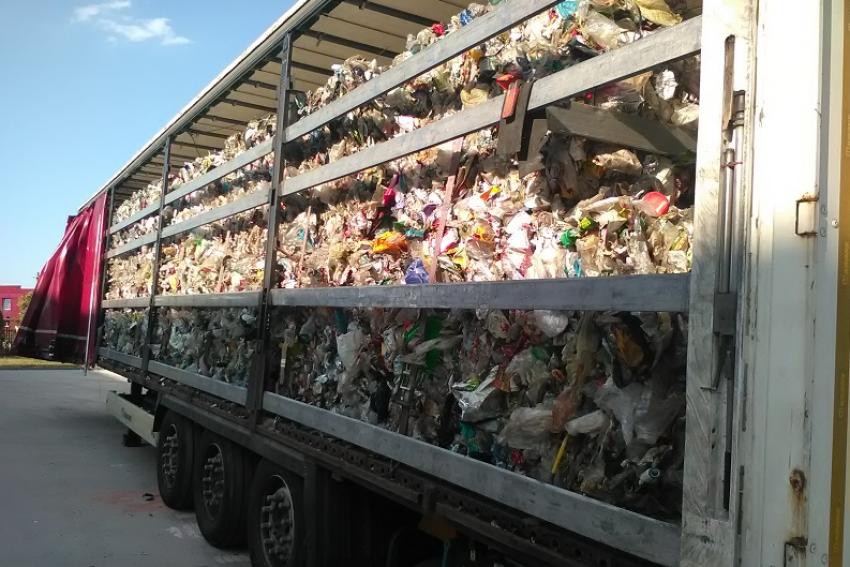 Zatrzymana na autostradzie A4 ciężarówka (fot.: DUCS Wrocław)
