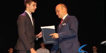 Najlepsi uczniowie odebrali stypendia i nagrody burmistrza cz. 1 - zdjęcie nr 24