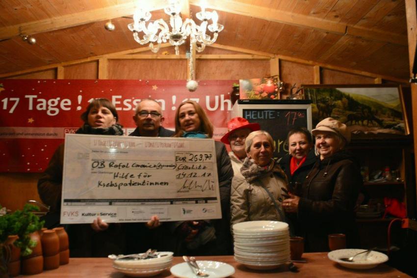 Podczas tegorocznego jarmarku zespoły kucharskie zebrały ponad 7 tys. euro. | fot.: UM Zgorzelec.
