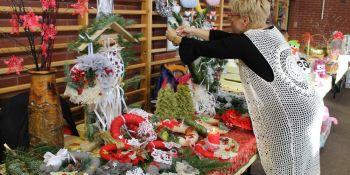 Bożonarodzeniowy Jarmark Rękodzieła w Jerzmankach - zdjęcie nr 16