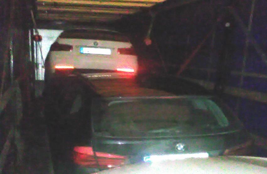 Trzy BMW zostały skradzione na terenie Niemiec| fot.: Izba Administracji Skarbowej we Wrocławiu