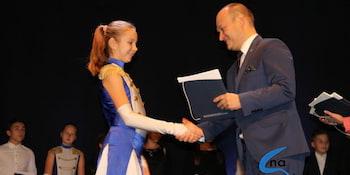 Najlepsi uczniowie odebrali stypendia i nagrody burmistrza cz. 1 - zdjęcie nr 64