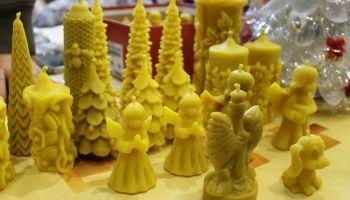 Tradycyjny kiermasz w Jerzmankach był okazją do kupna świątecznych ozdób.