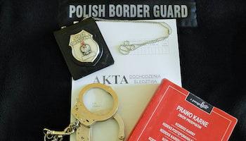 Materiały prasowe NOSG | Pogranicznicy zatrzymali dwóch Litwinów posługujących się fałszywymi dokumentami.