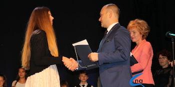 Najlepsi uczniowie odebrali stypendia i nagrody burmistrza cz. 1 - zdjęcie nr 77