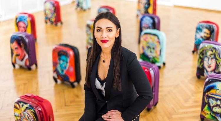 Urszula Kamińska pokazuje swoje prace w Galerii MDK po raz pierwszy.