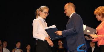 Najlepsi uczniowie odebrali stypendia i nagrody burmistrza cz. 1 - zdjęcie nr 66