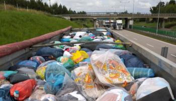 Nielegalny transport odpadów zatrzymany na A4 / fot. KAS