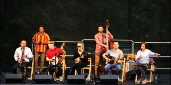 Młodzi grają stare piosenki - zdjęcie nr 1