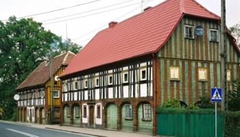 Jeden z domów przysłupowych w Bogatyni / fot. bogatynia.pl