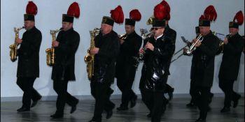 Galowy mundur od święta, marszowy krok po awans - zdjęcie nr 7