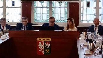 Sesja Rady Miejskiej w Bogatyni / fot. Telewizja Bogatynia