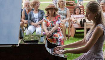 Jeden z koncertów Anny Lipiak w ramach zgorzeleckich muzycznych piątków
