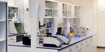 Tak pracuje laboratorium wykrywające koronawirusa - zdjęcie nr 7