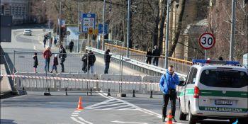 Gigantyczne korki na granicy w Jędrzychowicach. Odstać trzeba nawet kilka godzin - zdjęcie nr 5