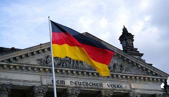 Flaga Niemiec / zdjęcie ilustracyjne / fot.  Ingo Joseph / pexels.com