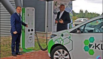 Przekazanie ładowarki do samochodów elektrycznych