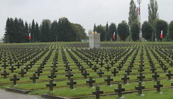 Cmentarz wojenny im. Bohaterów II Armii Wojska Polskiego w Zgorzelcu