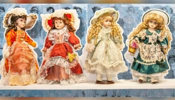 Wystawa kolekcji lalek Marii Janikowskiej