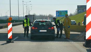 Kontrola na przejściu granicznym w Jędrzychowicach / fot. NOSG