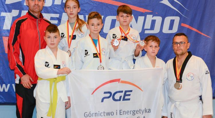 Medalowe starty zgorzeleckich taekwondzistów - zdjęcie nr 11