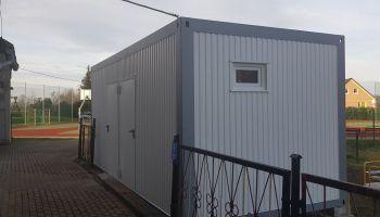 Pawilon sanitarny przy Szkole Podstawowej w Biernej / fot. UG Sulików