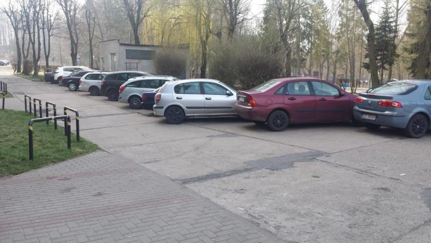 Droga wewnętrzna ul. Konarskiego 1-4