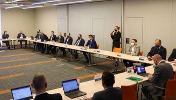 W Bełchatowie rozmawiali o pozyskiwaniu środków na transformację energetyczną / fot. PGE GiEK SA