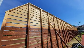 Nowe ogrodzenie wokół boisk wielofunkcyjnych na zgorzeleckim stadionie / fot. Urząd Miasta Zgorzelec