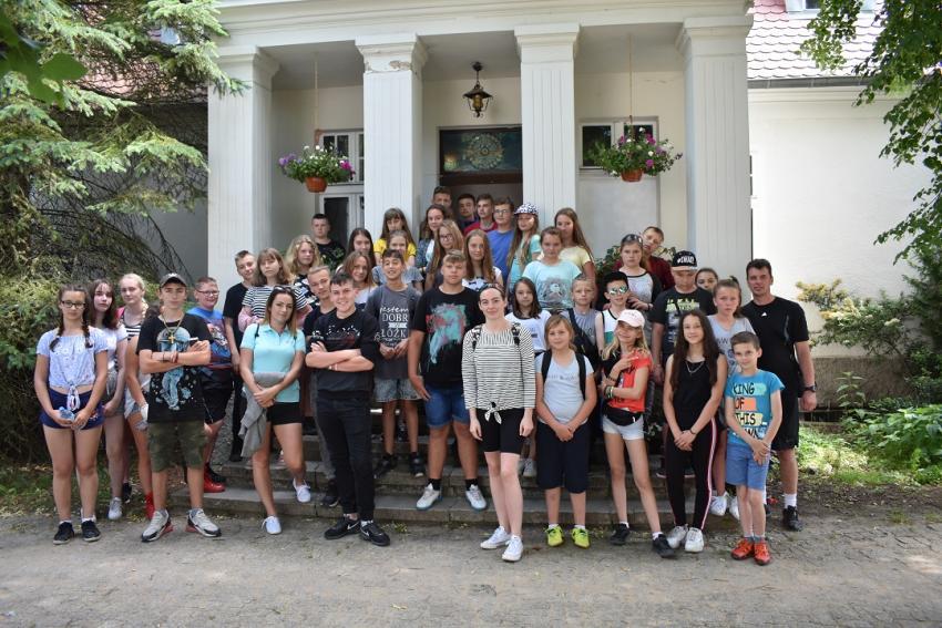 Uczniowie ze Szkoły Podstawowej w Biernej na obozie