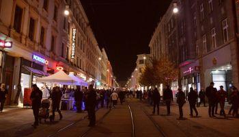 Zakupy w blasku świateł w Görlitz