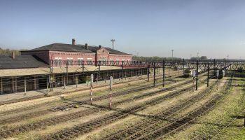 Stacja kolejowa w Węglińcu / fot. wikipedia.pl
