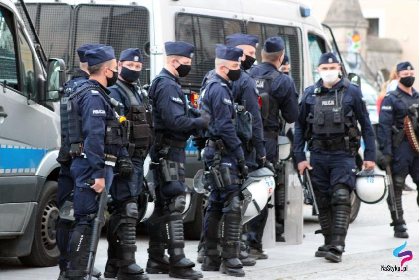 Protesty na polsko-niemieckiej granicy. Pracownicy transgraniczni domagają się otwarcia granic - zdjęcie nr 60