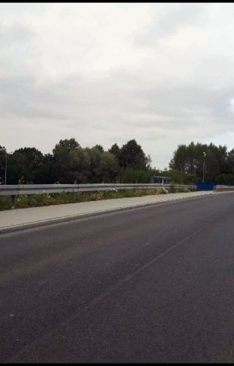 Wypadek w Jędrzychowicach. Za kierownicą pijany 36-latek bez uprawnień