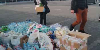 Mieszkańcy Zgorzelca pomagają! Kierowcy, którzy utknęli na autostradzie dziękują! - zdjęcie nr 6