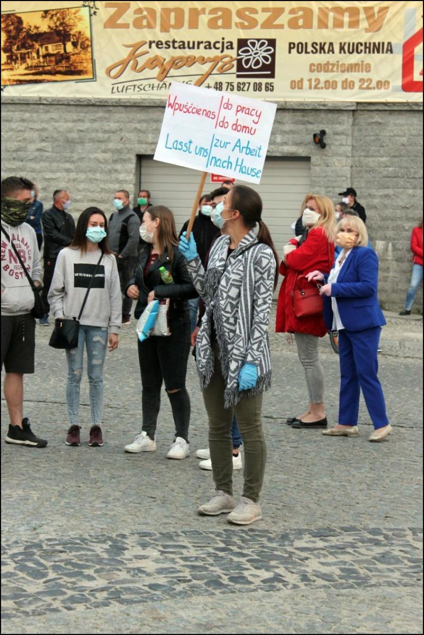 Protesty na polsko-niemieckiej granicy. Pracownicy transgraniczni domagają się otwarcia granic - zdjęcie nr 59
