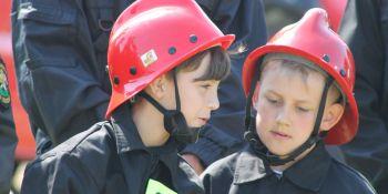 Gminne zawody sportowo-pożarnicze w Radomierzycach - zdjęcie nr 11