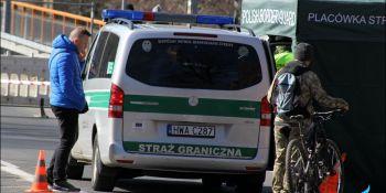 Gigantyczne korki na granicy w Jędrzychowicach. Odstać trzeba nawet kilka godzin - zdjęcie nr 6