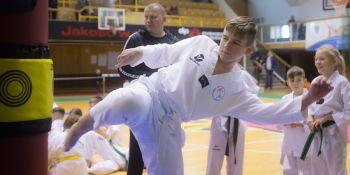 Gwiazdkowy turniej taekwondo - zdjęcie nr 6